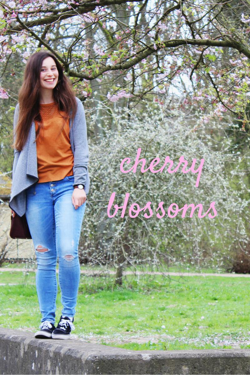 Frühlingsoutfit mit cherry blossoms