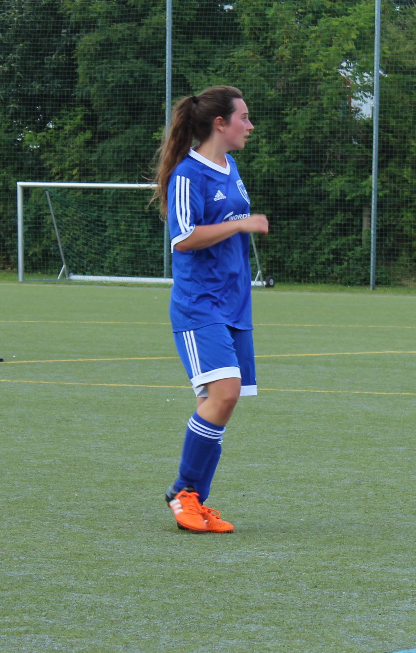 Ich, das Fußballmädchen