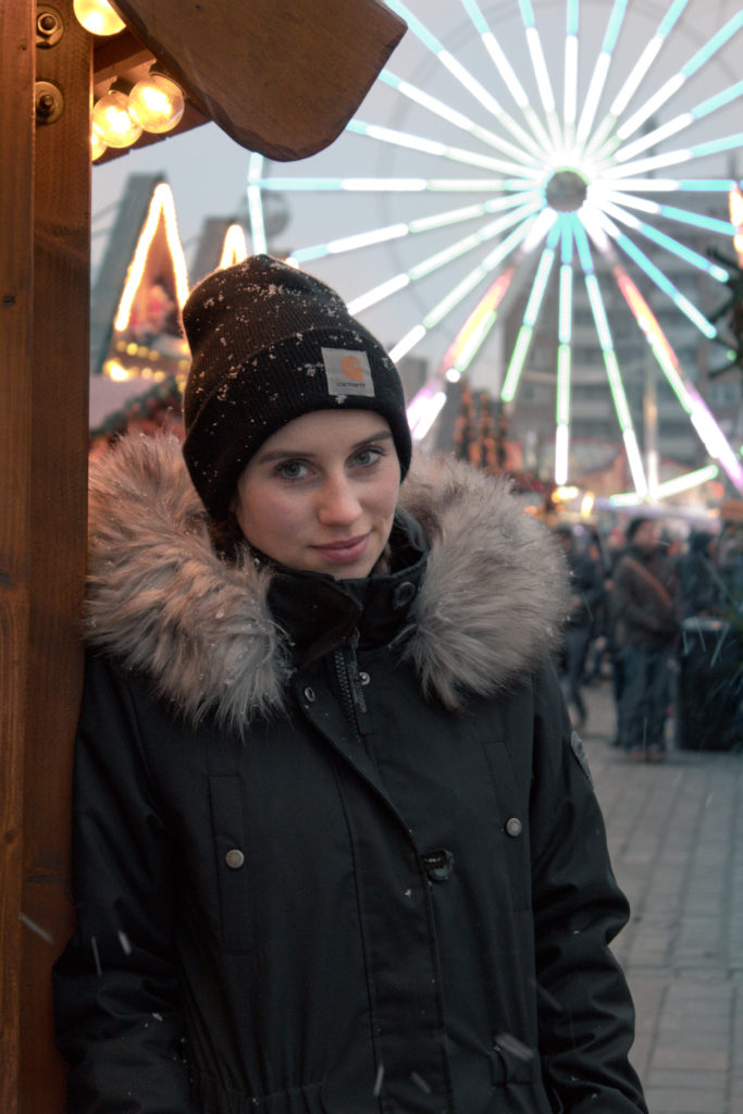 Warmes Outfit für den Weihnachtsmarkt