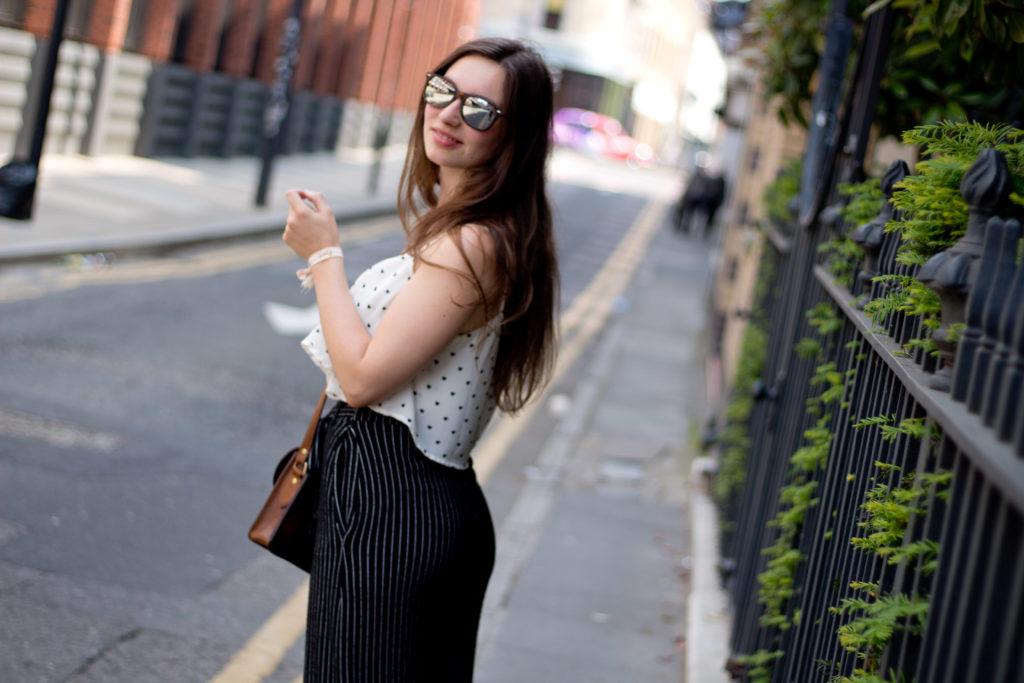 Outfit für einen Städtetrip im Sommer