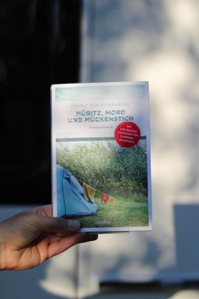 Müritz, Mord und Mückenstich: ein Camperroman von Charly von Feyerabend