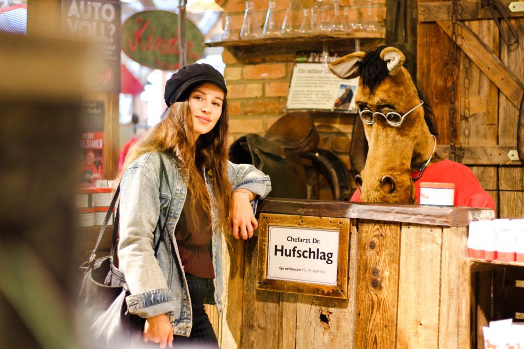 Dr. Hufschlag verkauft Pferdesalbe